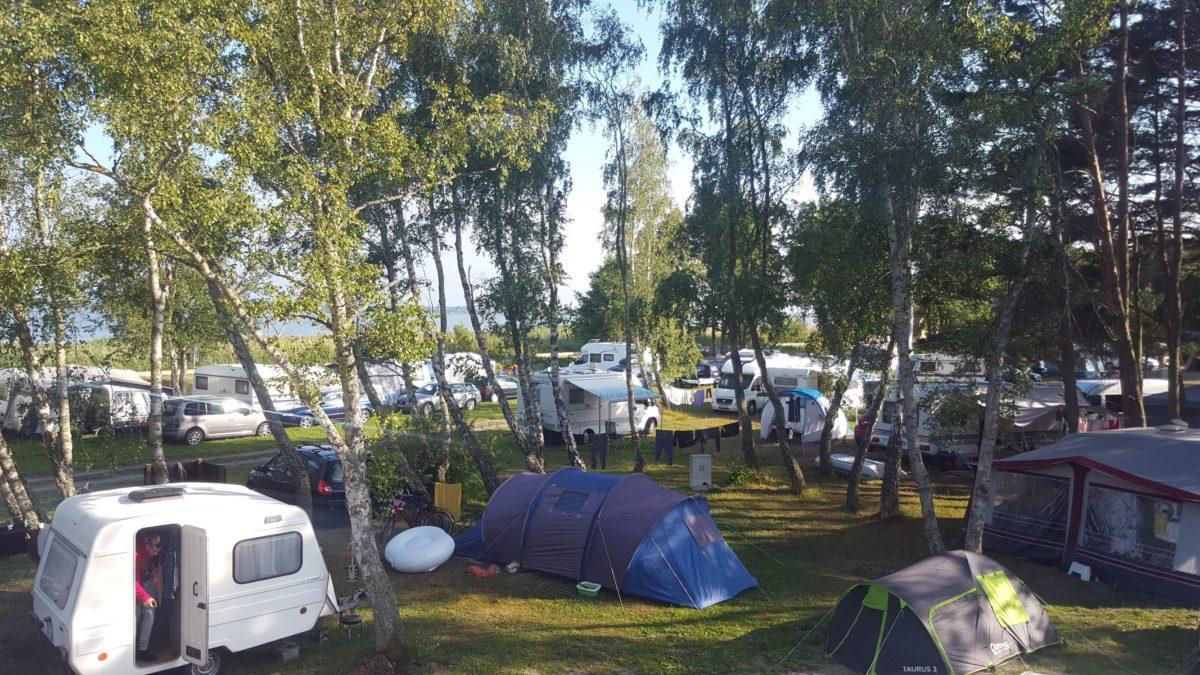Osada nad wodą -Camping/Pole Namiotowe